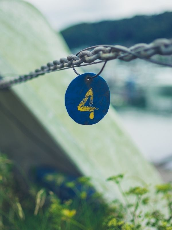 the number 4 in the bible on a fence line